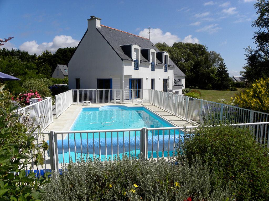 Maison TREFFIAGAT 6 pièces 210 m²