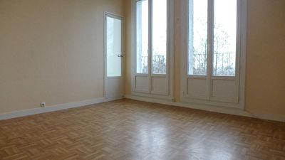 Appartement a vendre 29000 quimper 4 pi ces 67 m for Agence appartement quimper